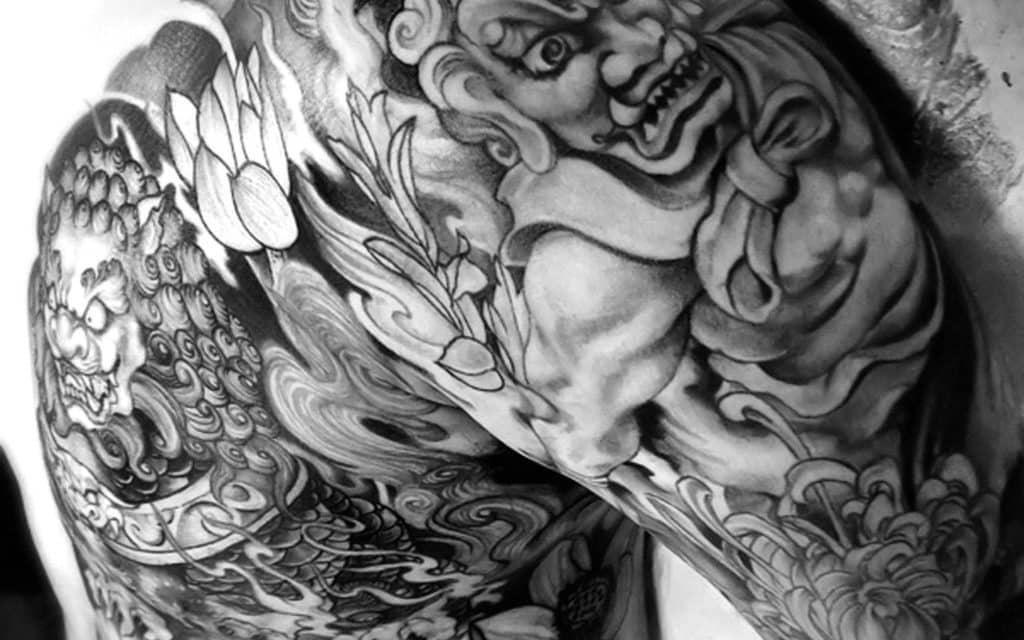 tatouage homme asiatique